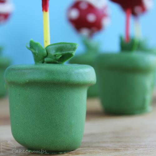 Cakecrumbs Piranha Plant Pops