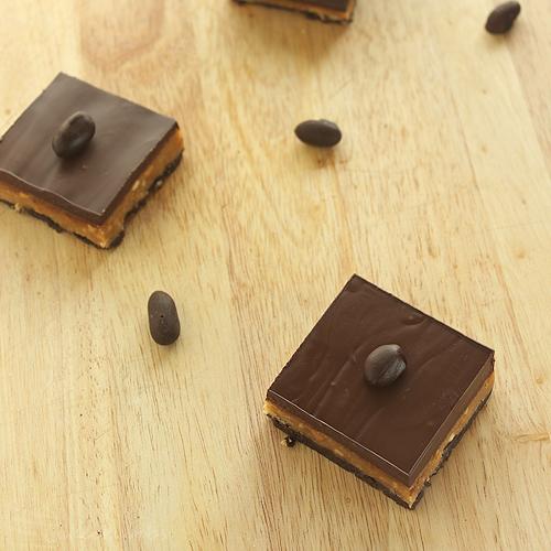 Cakcrumbs' Peanut Butter Slice