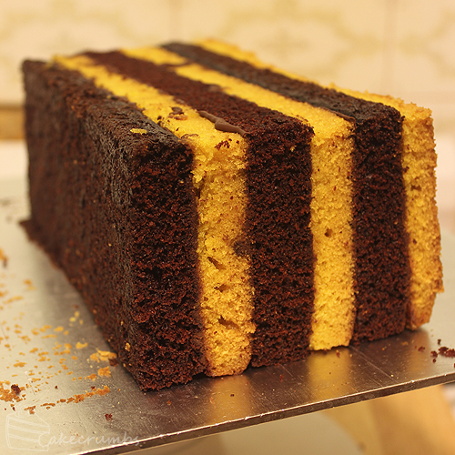 Cakecrumbs' Choc Banana Vertical Layer Cake 05