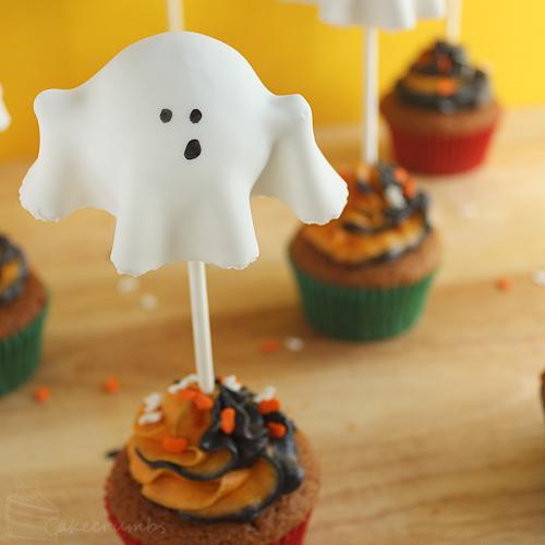 Cakecrumbs' Ghostly Pumpkin Cupcakes 00