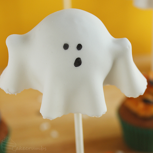 Cakecrumbs' Ghostly Pumpkin Cupcakes 16
