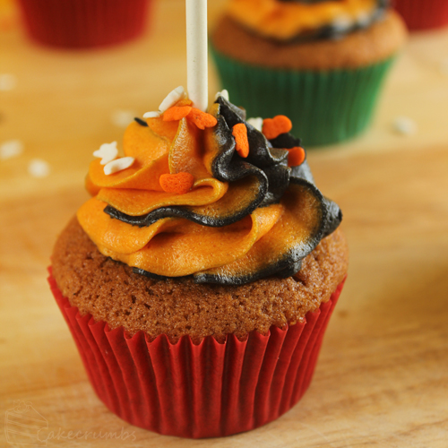 Cakecrumbs' Ghostly Pumpkin Cupcakes 18