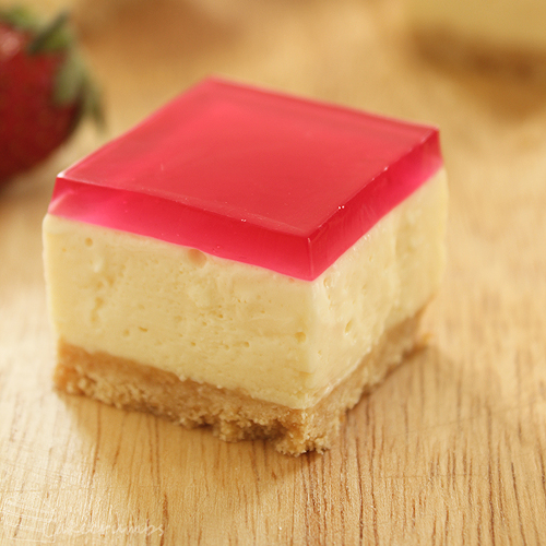 Cakecrumbs' Jelly Slice 05
