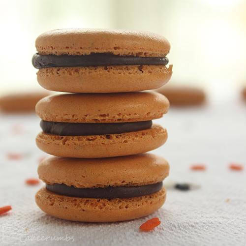 Cakecrumbs' Spiced Pumpkin Macarons 11