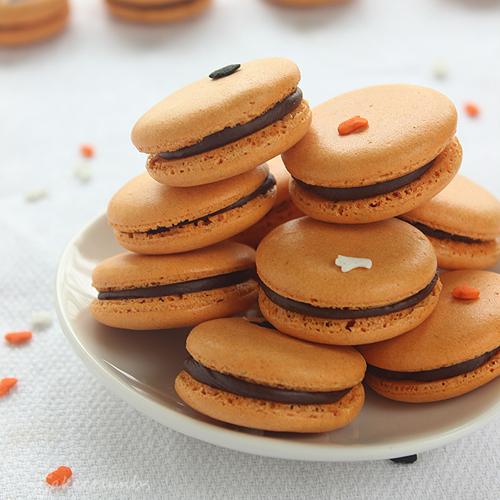 Cakecrumbs' Spiced Pumpkin Macarons 12