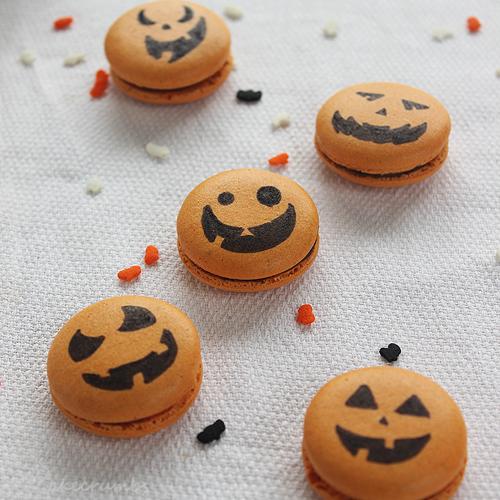 Cakecrumbs' Spiced Pumpkin Macarons 13