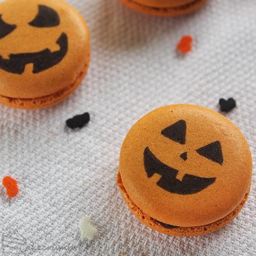 Cakecrumbs' Spiced Pumpkin Macarons 14