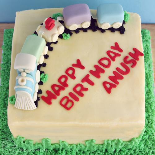 Cakecrumbs' Train Cake 02