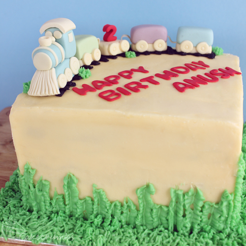 Cakecrumbs' Train Cake 03