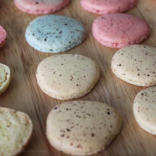 Cakecrumbs' Easter Macarons 09