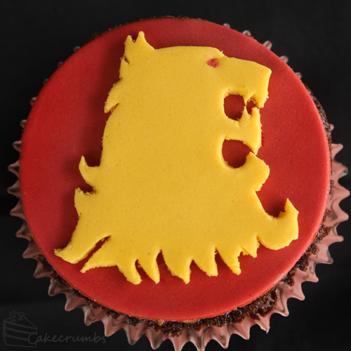 Cakecrumbs' Game of Thrones sigil cupcakes 12