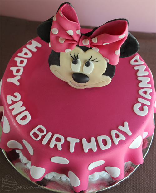 Cakecrumbs' Minnie Mouse Cake 01