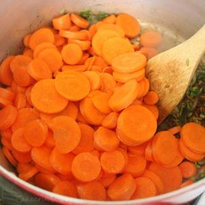 Cakecrumbs' Morrocan Carrot Soup 06