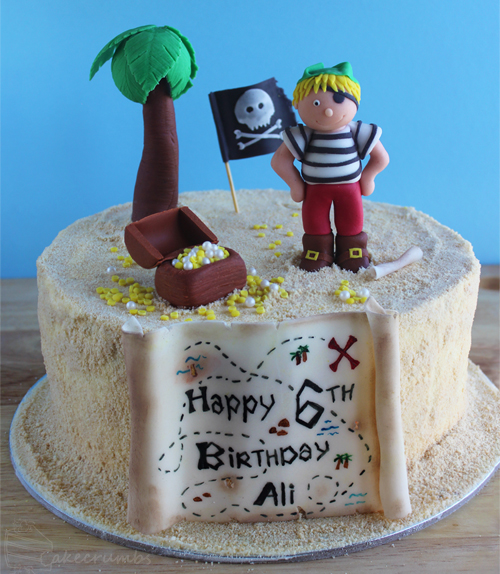 Cakecrumbs' Pirate Cake 00