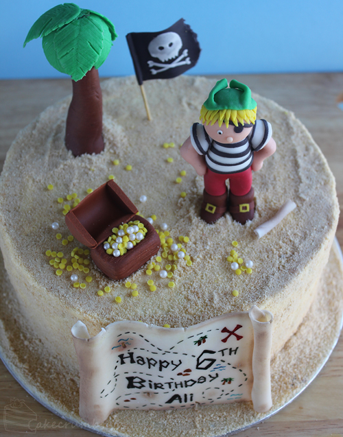 Cakecrumbs' Pirate Cake 05