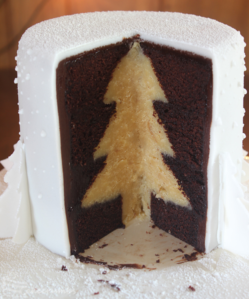 Cakecrumbs' White Christmas Tree Cakes 26