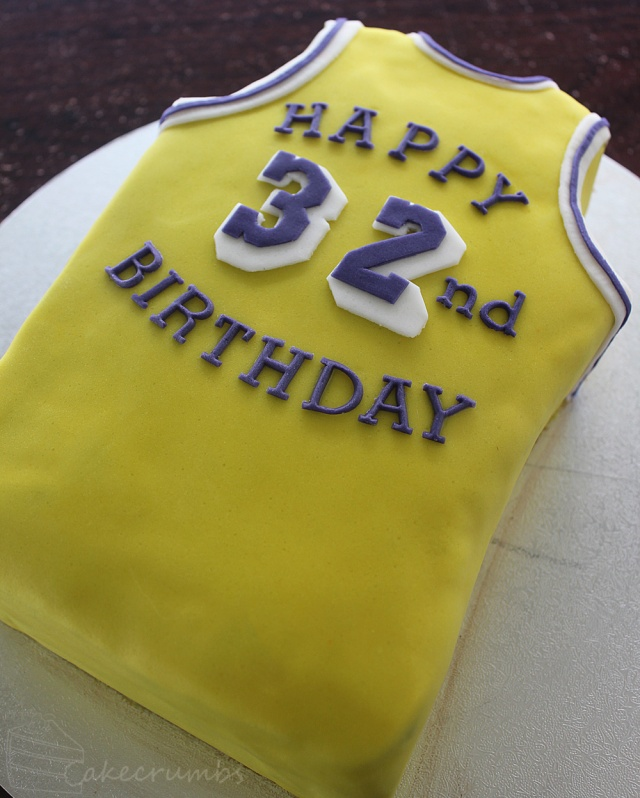 Cakecrumbs' Magic Johnson Birthday Cake 05